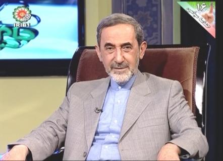 گذرنامه ایرانی باید اعتبار و عزت داشته باشد/  تحریم های فعلی سخت تر از تحریم های دوره جنگ نیست